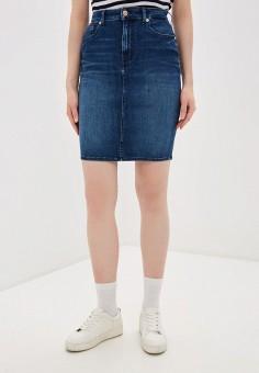 Юбка джинсовая, Tommy Jeans, цвет: синий. Артикул: TO052EWHMJM6. Одежда / Юбки
