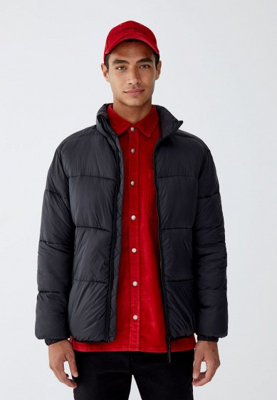 Куртка утепленная, Pull&Bear, цвет: черный. Артикул: IX001XM000QI. Одежда / Верхняя одежда / Пуховики и зимние куртки