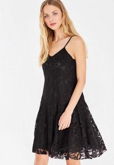 Черное платье Care of You
