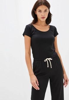 Женская черная осенняя футболка