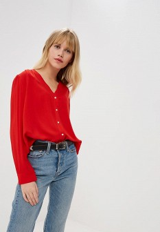 Красная осенняя блузка