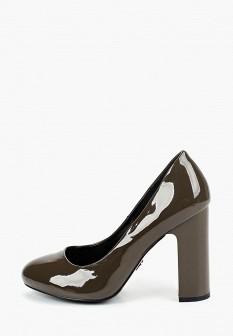 Женские осенние кожаные лаковые туфли на каблуке