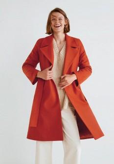 Женское оранжевое осеннее пальто