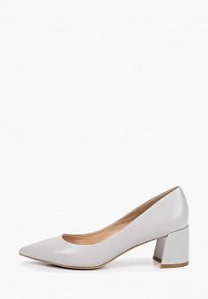 Женские серые кожаные туфли на каблуке