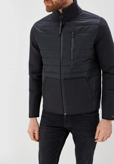 Мужская черная осенняя спортивная куртка