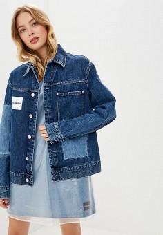 Куртка джинсовая, Calvin Klein Jeans, цвет: синий. Артикул: CA939EWBTJQ5. Одежда / Верхняя одежда / Джинсовые куртки