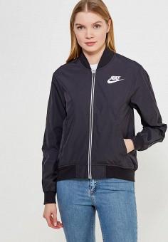Куртка, Nike, цвет: черный. Артикул: NI464EWAAHB7. Одежда / Верхняя одежда / Легкие куртки и ветровки