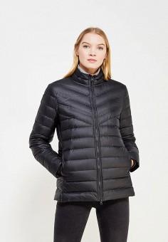 Пуховик, Nike, цвет: черный. Артикул: NI464EWUHH08. Одежда / Верхняя одежда / Пуховики и зимние куртки