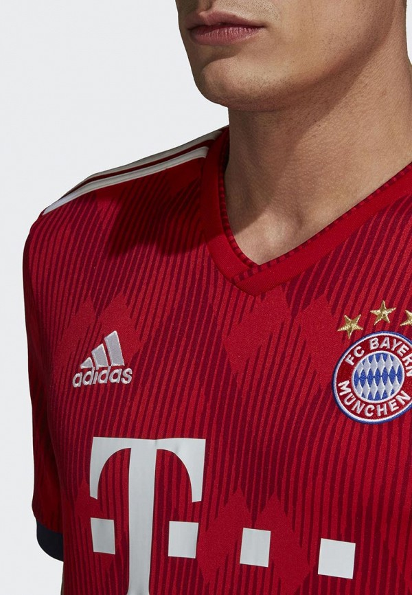 Фото 5 - Футболку спортивная adidas красного цвета
