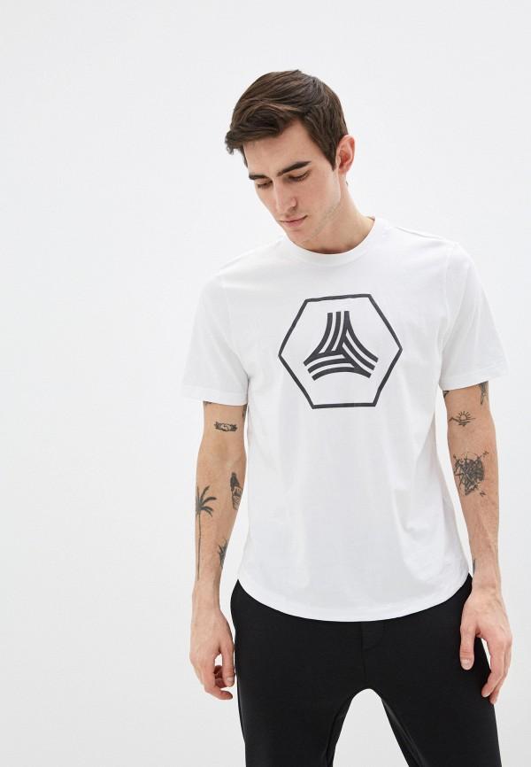 Фото - Футболку adidas белого цвета