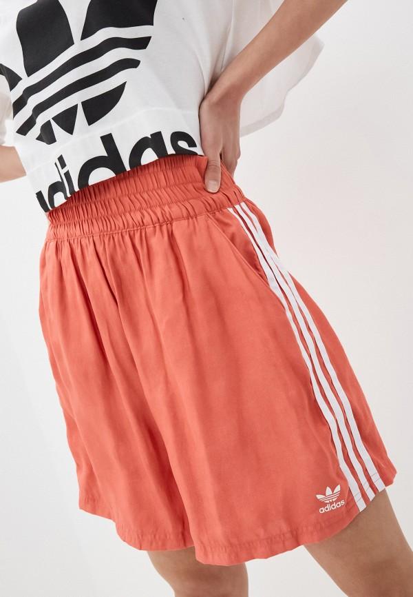 женские шорты adidas