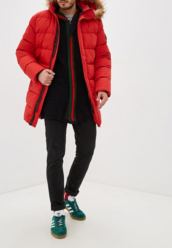 Фото 2 - Мужской пуховик Baon красного цвета
