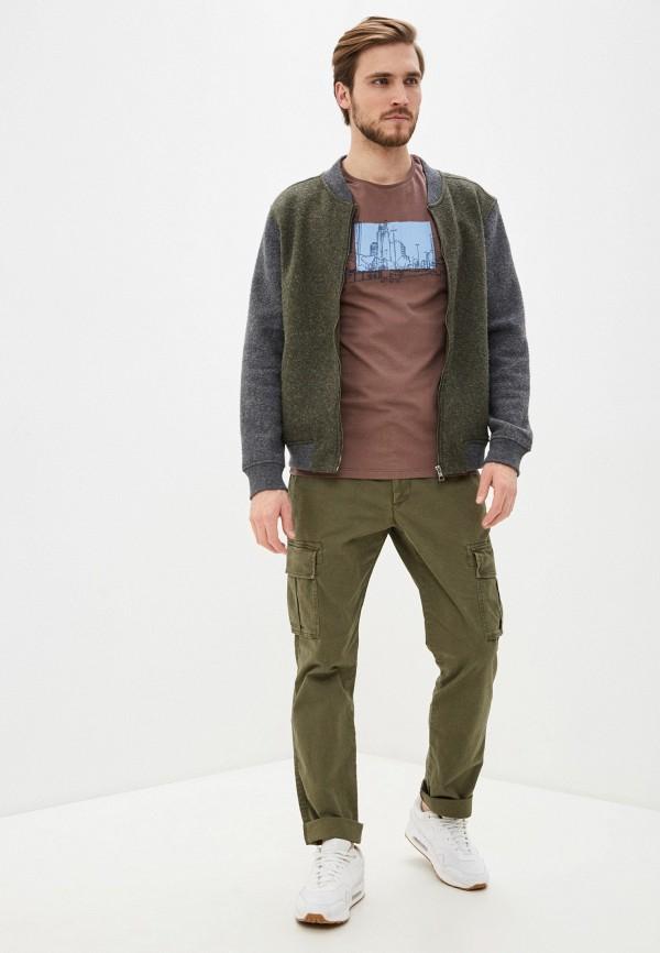 Фото 2 - Мужскую футболку Baon коричневого цвета