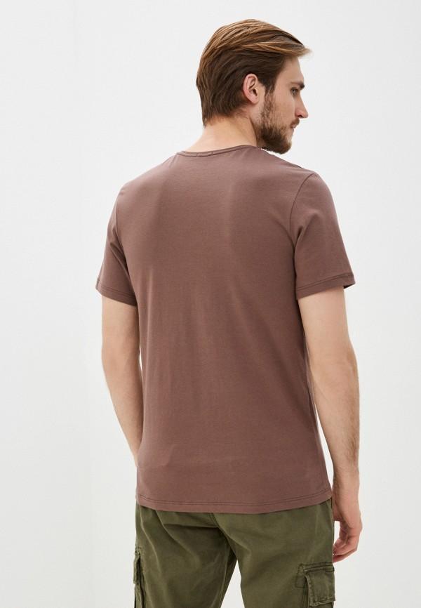 Фото 3 - Мужскую футболку Baon коричневого цвета