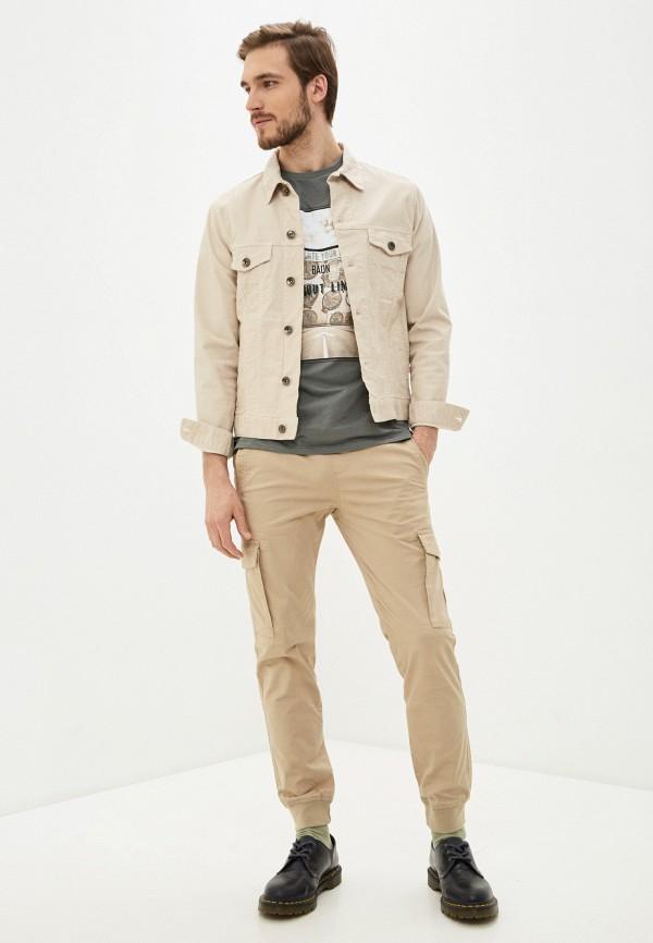 Фото 2 - Мужскую футболку Baon цвета хаки