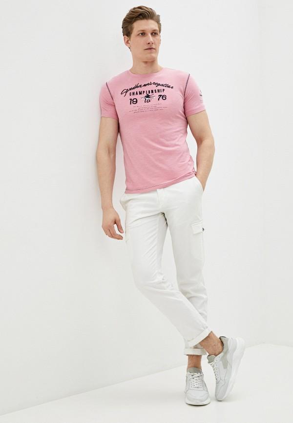 Фото 2 - Мужскую футболку Baon розового цвета
