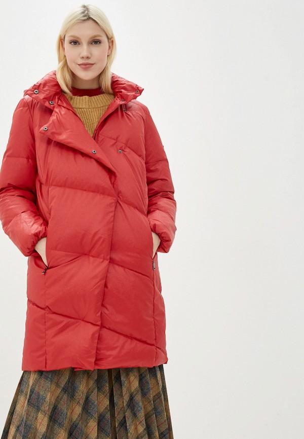 Фото - женский пуховик Baon красного цвета