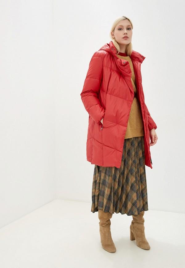 Фото 2 - женский пуховик Baon красного цвета
