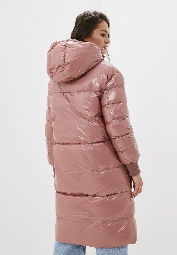 Фото 3 - женский пуховик Baon розового цвета