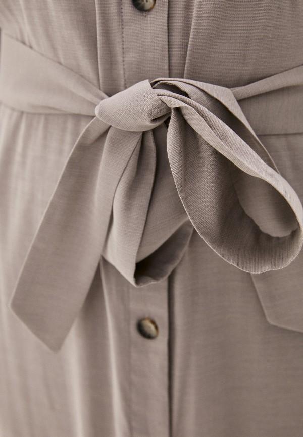 Фото 4 - Женское платье Baon серого цвета