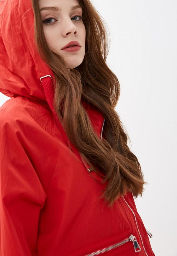 Фото 4 - Женскую ветровку Baon красного цвета