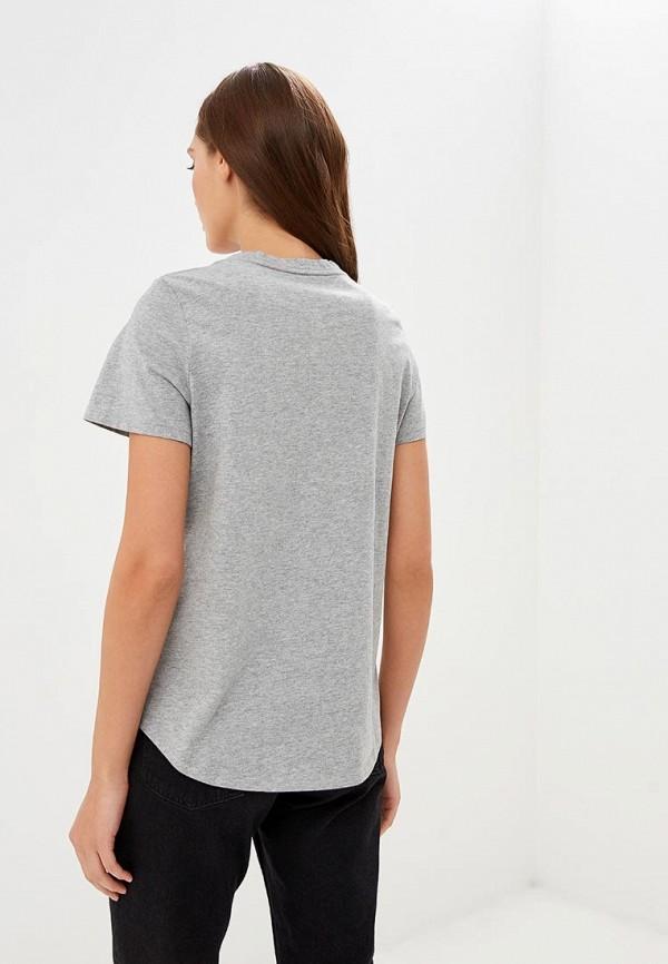 Фото 3 - женскую футболку Banana Republic серого цвета