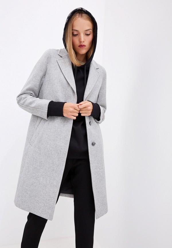 Фото 4 - женское пальто или плащ Boss серого цвета