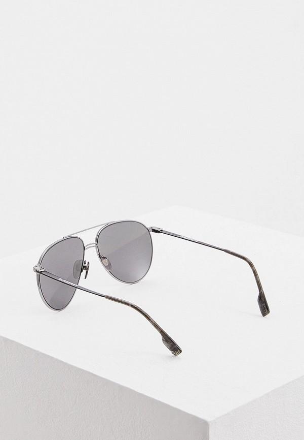 Фото 3 - Очки солнцезащитные Burberry серебрянного цвета