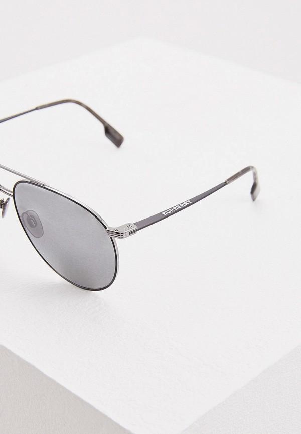 Фото 4 - Очки солнцезащитные Burberry серебрянного цвета