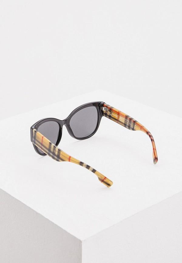 Фото 3 - Очки солнцезащитные Burberry черного цвета