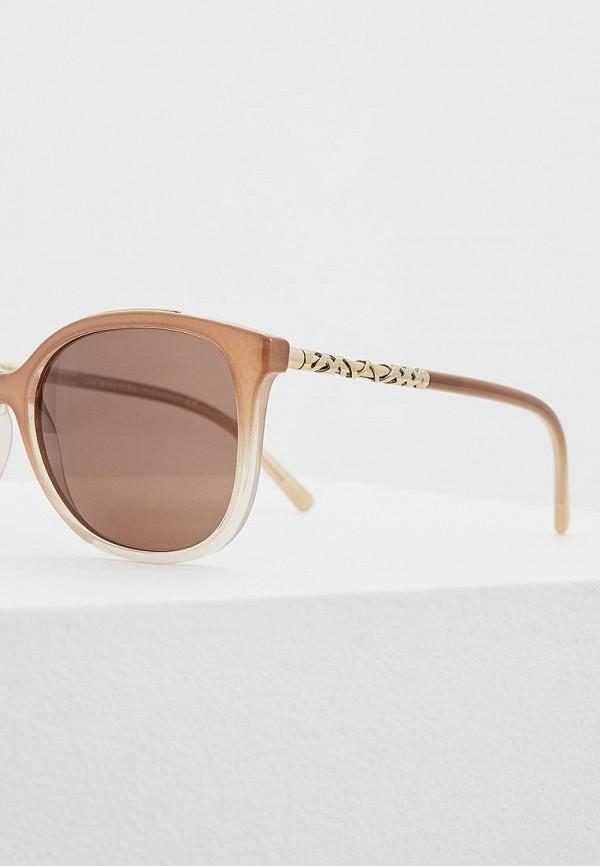 Фото 4 - Очки солнцезащитные Burberry коричневого цвета