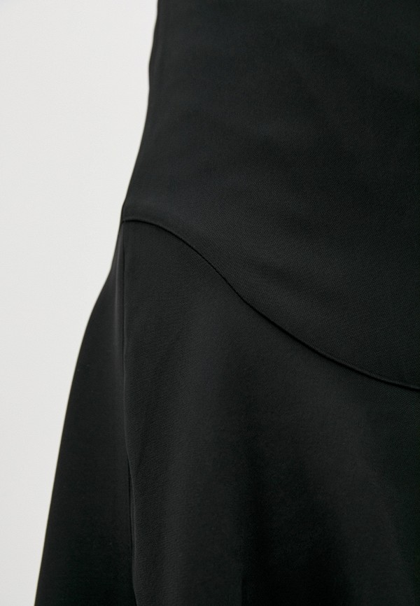 Фото 4 - Женскую юбку By Malene Birger черного цвета
