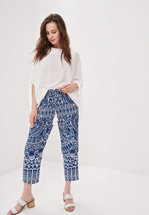 Фото 2 - женские брюки Camomilla Italia синего цвета