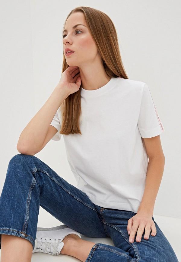 Фото - Футболка Calvin Klein Jeans Calvin Klein Jeans CA939EWFQYD0 футболка calvin klein jeans calvin klein jeans ca939ebfsos8