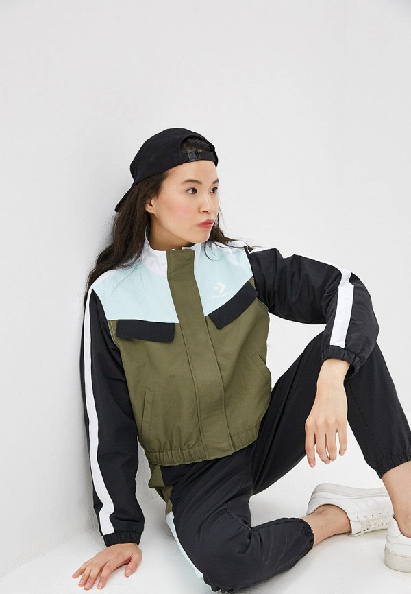 Куртка Converse Converse CO011EWEQTS0 куртка женская converse quilted poly puffer цвет зеленый 10006836348 размер s 44