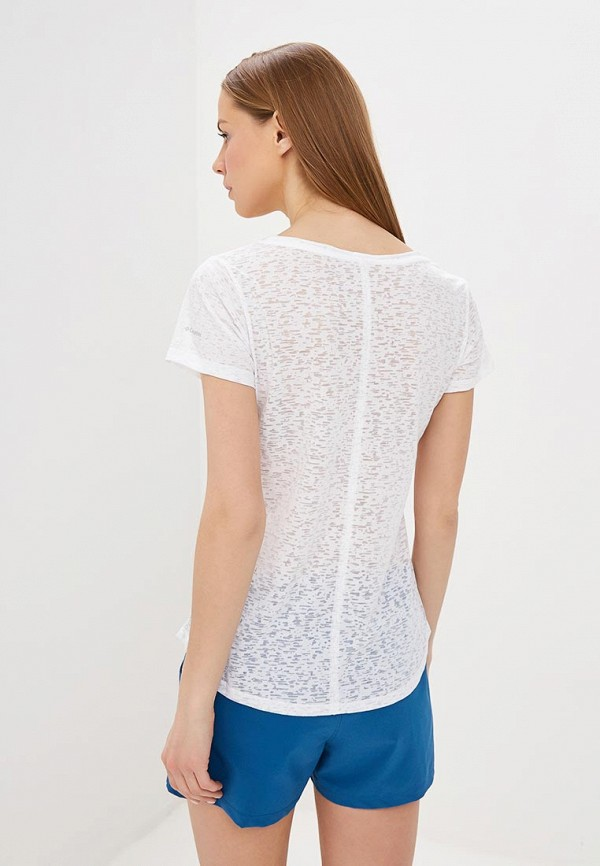 Фото 3 - женскую футболку Columbia белого цвета
