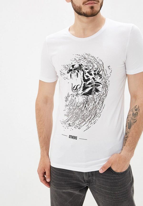 Купить мужскую футболку Dali белого цвета