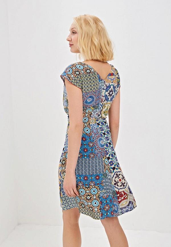 Фото 3 - женское платье Desigual разноцветного цвета