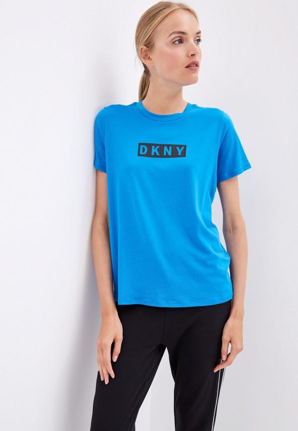 Фото - женскую футболку DKNY синего цвета