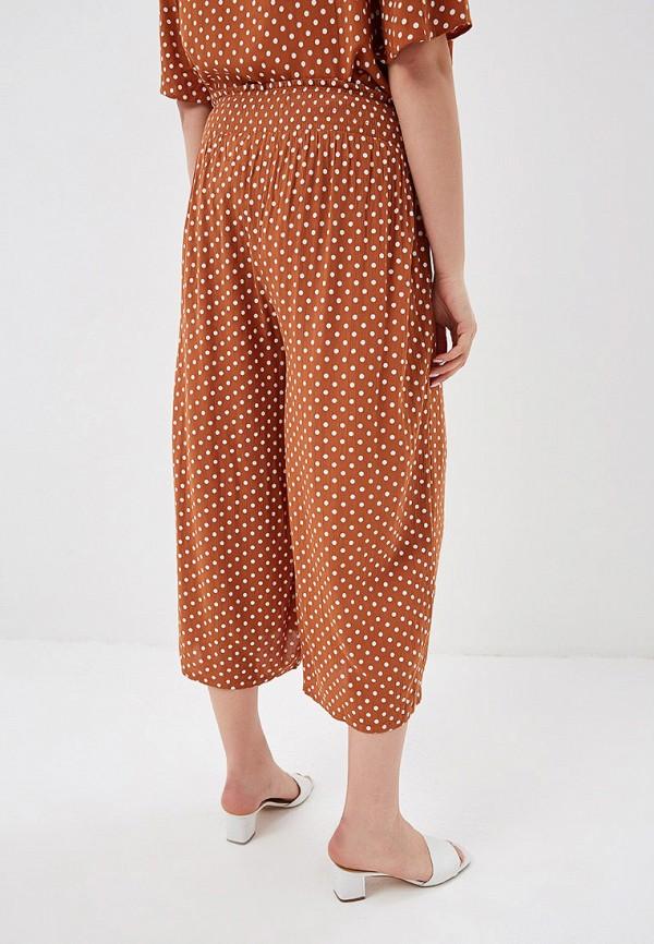Фото 3 - женские брюки Dorothy Perkins Curve коричневого цвета