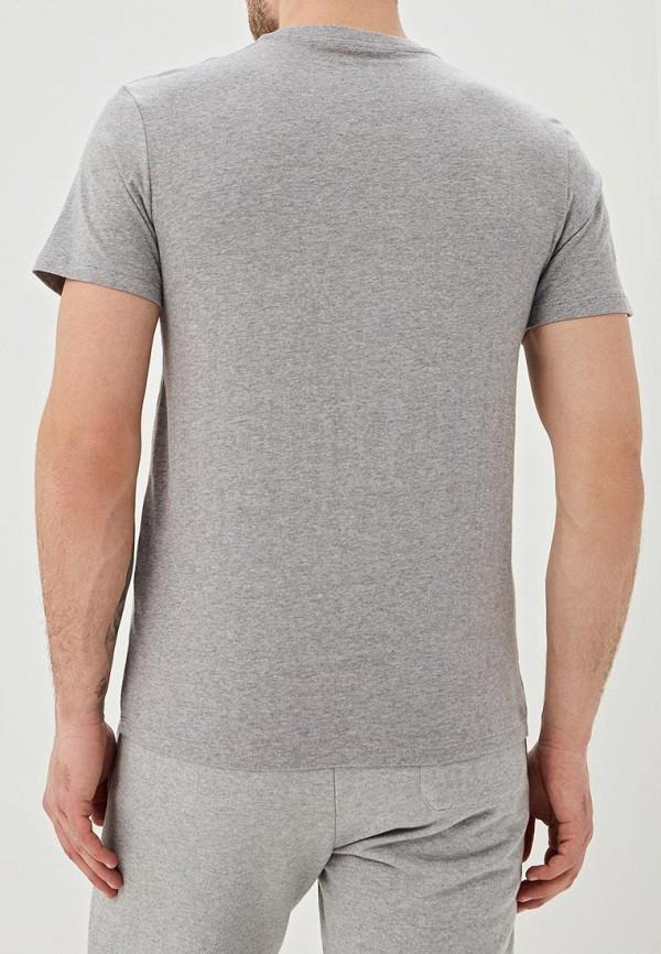 Фото 3 - мужскую футболку Dockers серого цвета