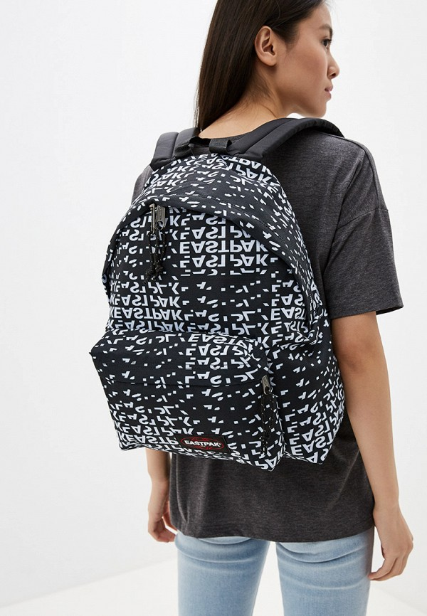 Фото 4 - мужской рюкзак Eastpak черного цвета