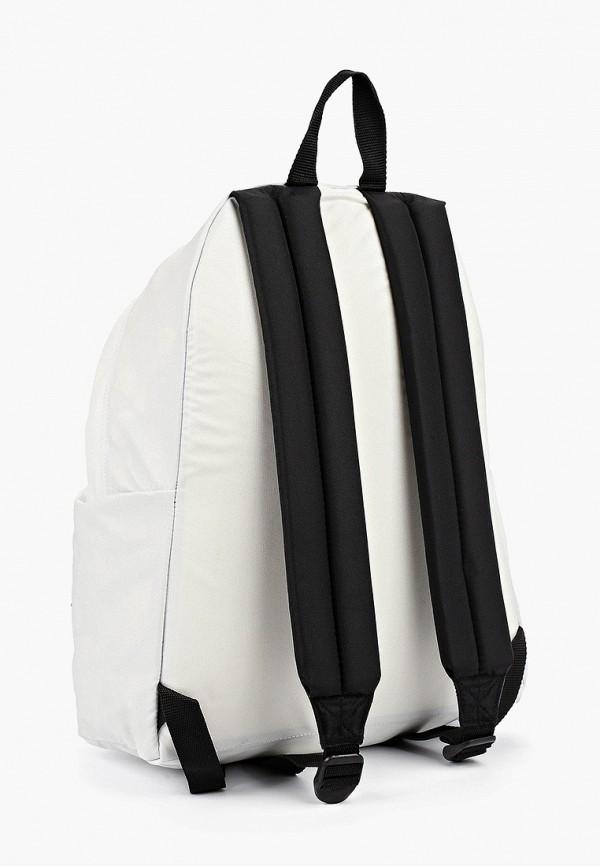 Фото 2 - женский рюкзак Eastpak белого цвета