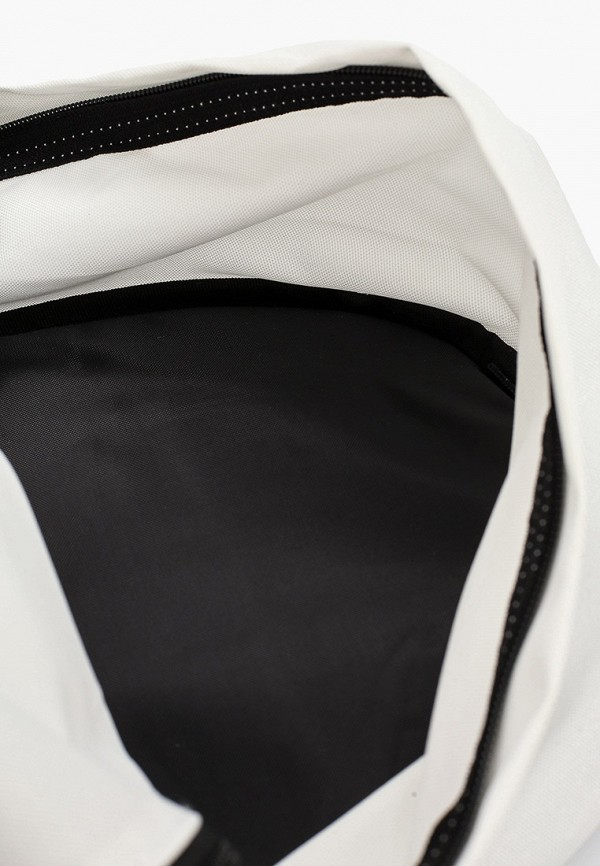 Фото 3 - женский рюкзак Eastpak белого цвета