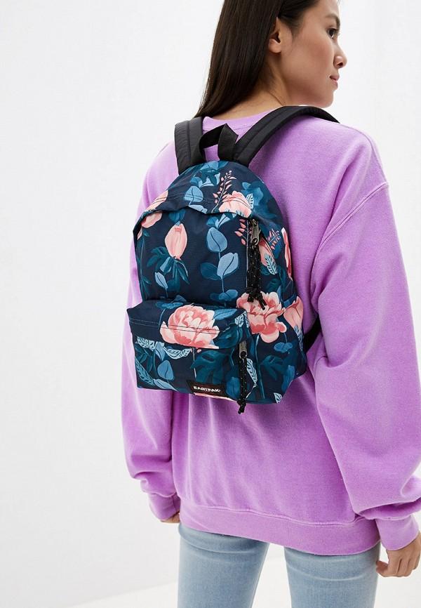 Фото 4 - женский рюкзак Eastpak розового цвета