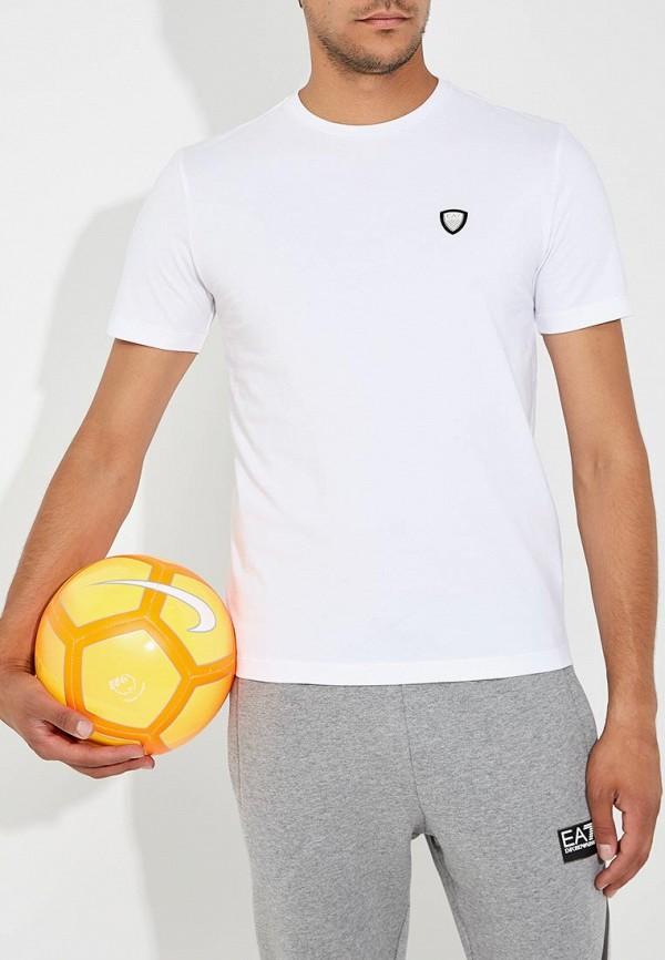 Фото - мужскую футболку EA7 белого цвета