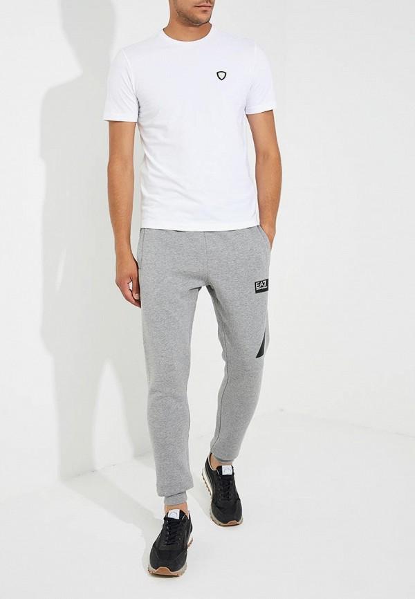 Фото 7 - мужскую футболку EA7 белого цвета