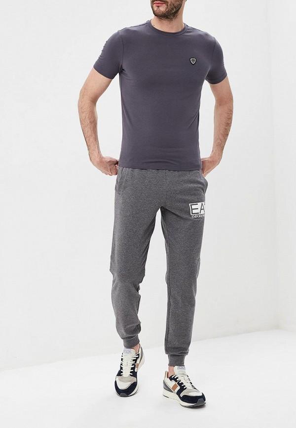 Фото 2 - мужскую футболку EA7 серого цвета