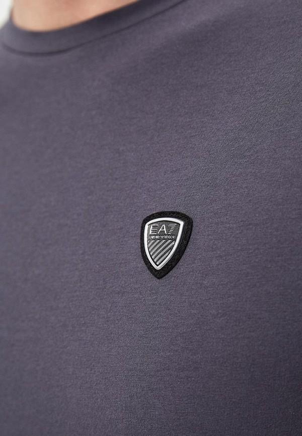 Фото 4 - мужскую футболку EA7 серого цвета