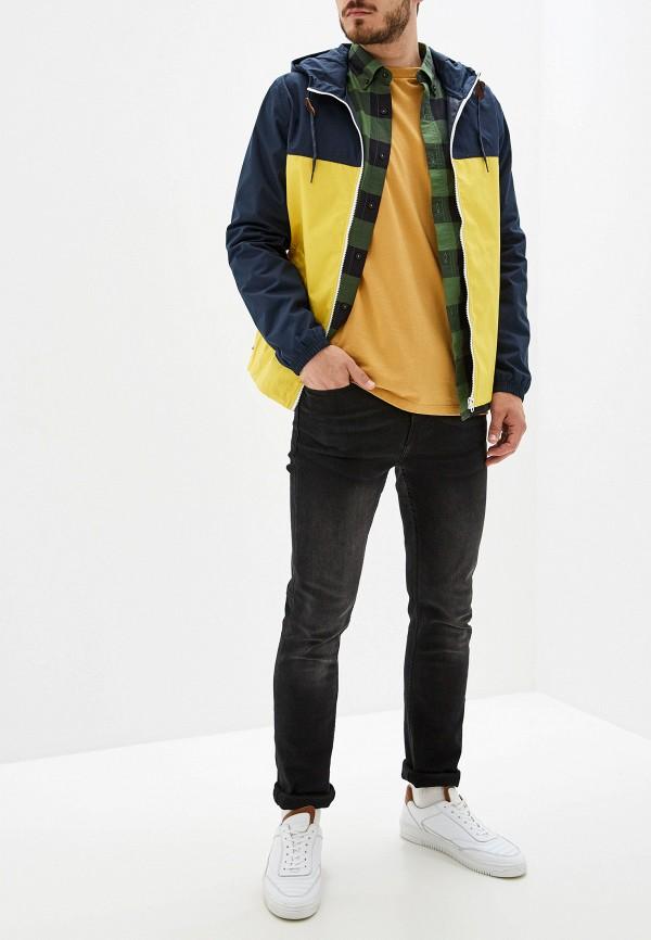 Фото 2 - мужскую куртку Element разноцветного цвета